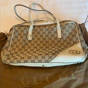 Vintage Gucci Interlocking G Shoulder Bag